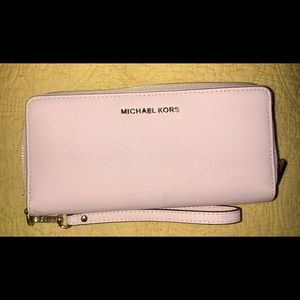 Michael Kors blush pink wallet
